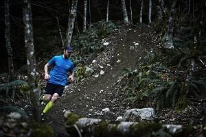 Vous devrez aussi apprendre à descendre vite lors de vos entrainement trail.